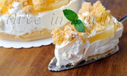 Cheesecake all'ananas con mascarpone e panna