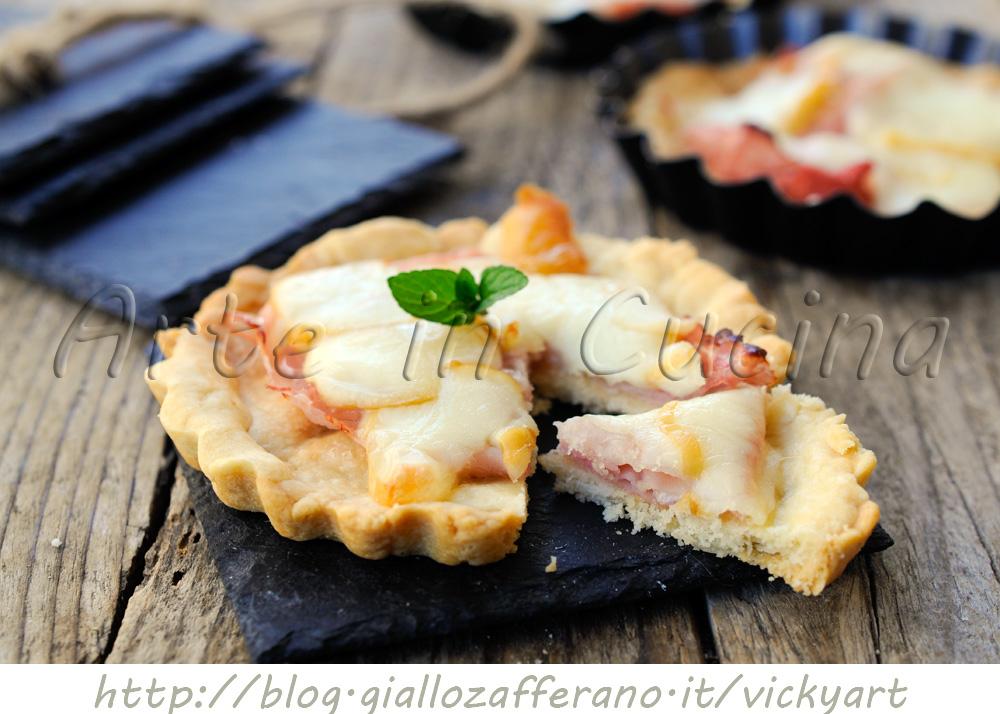Crostatine con prosciutto e scamorza salate vickyart arte in cucina