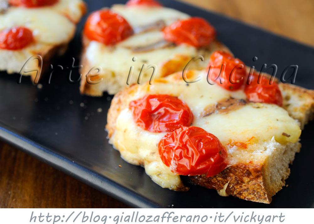 Crostoni di Napoli bruschette saporite vickyart arte in cucina