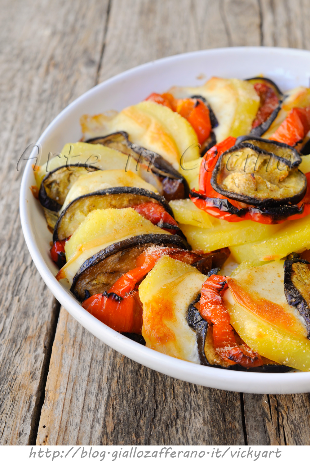 Patate con melanzane peperoni e provola gratinate vickyart arte in cucina