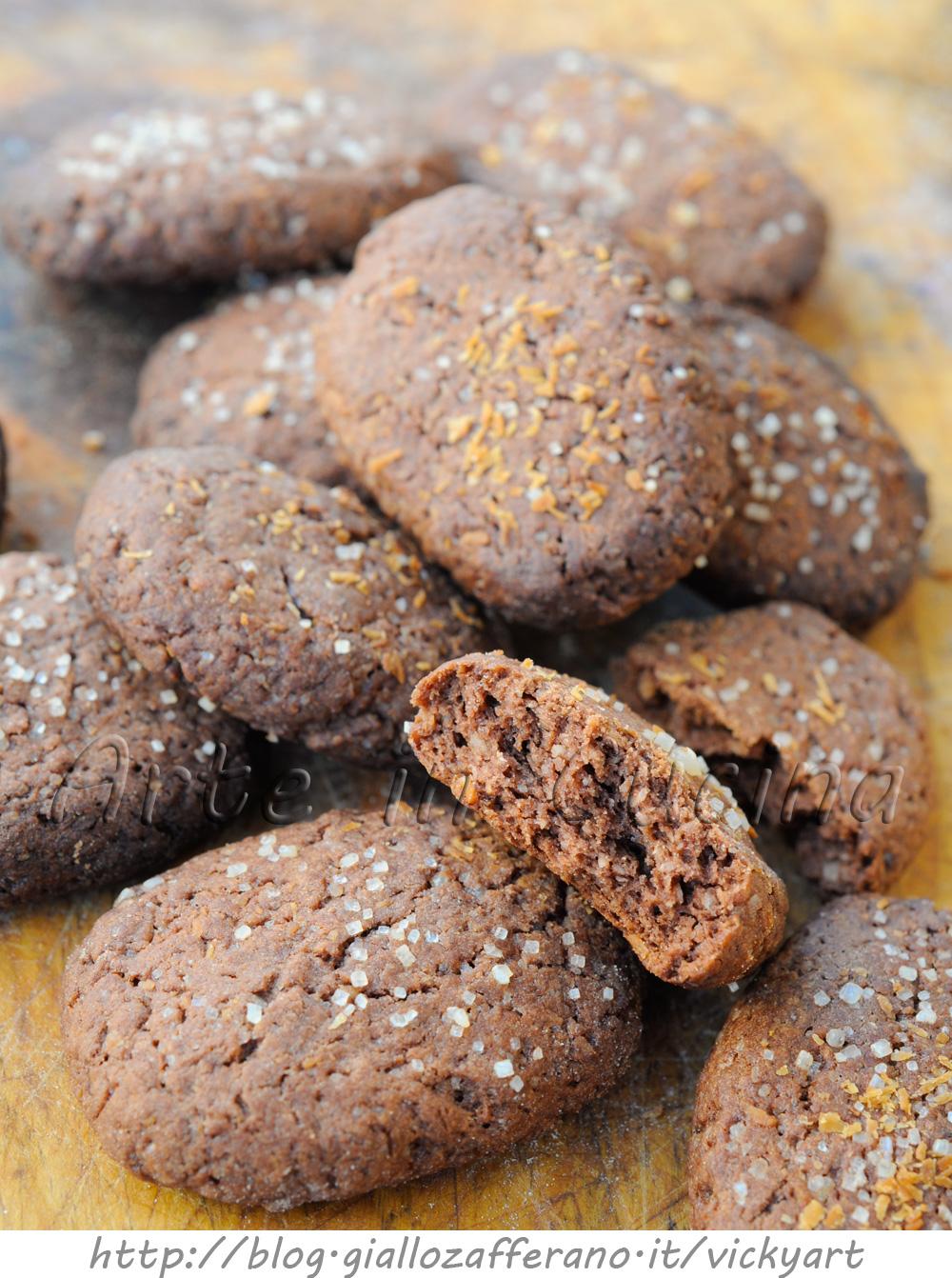 Biscotti al cacao e cocco con zucchero di canna ricetta facile vickart arte in cucina