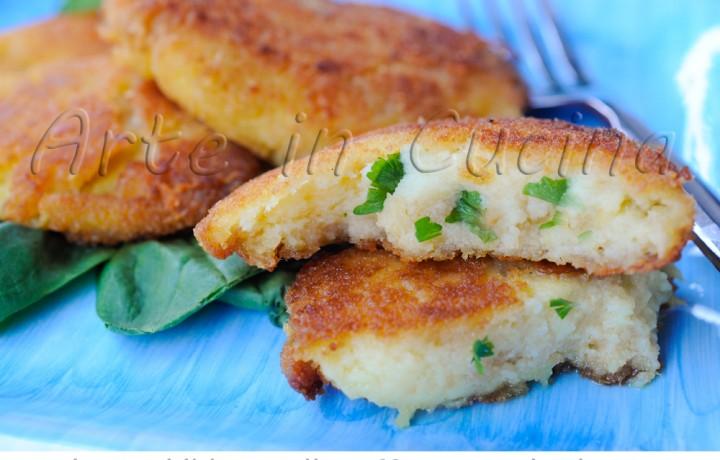 Frittelle di patate al prezzemolo e parmigiano