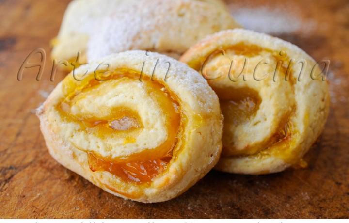 Girelle di frolla alla marmellata biscotti facili