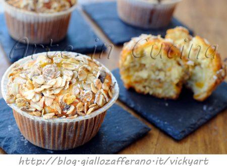 Muffin alle albicocche e muesli senza burro veloci