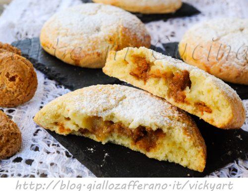 Bombe di pasta frolla alla crema e amaretti dolci facili
