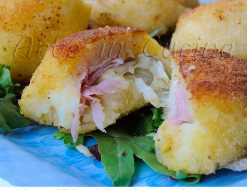 Bomboloni di patate salati ripieni con carciofi e asiago