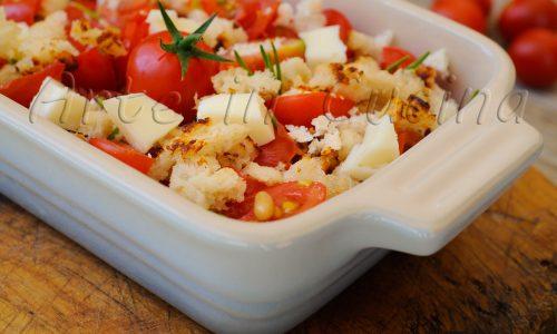 Crumble di pomodori e formaggio ricetta veloce