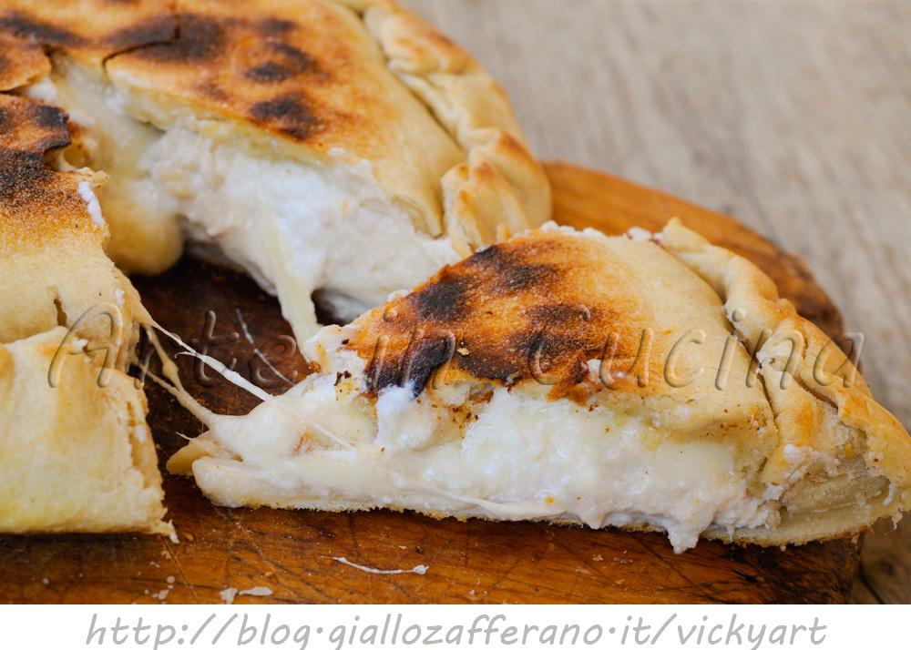 Focaccia al tonno e ricotta in padella ricetta veloce vickyart arte in cucina