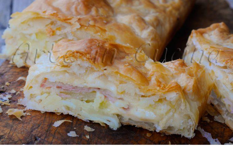 Strudel salato con patate prosciutto e formaggio veloce