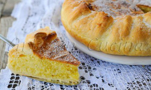 Torta greca con sfoglia e mandorle dolce veloce