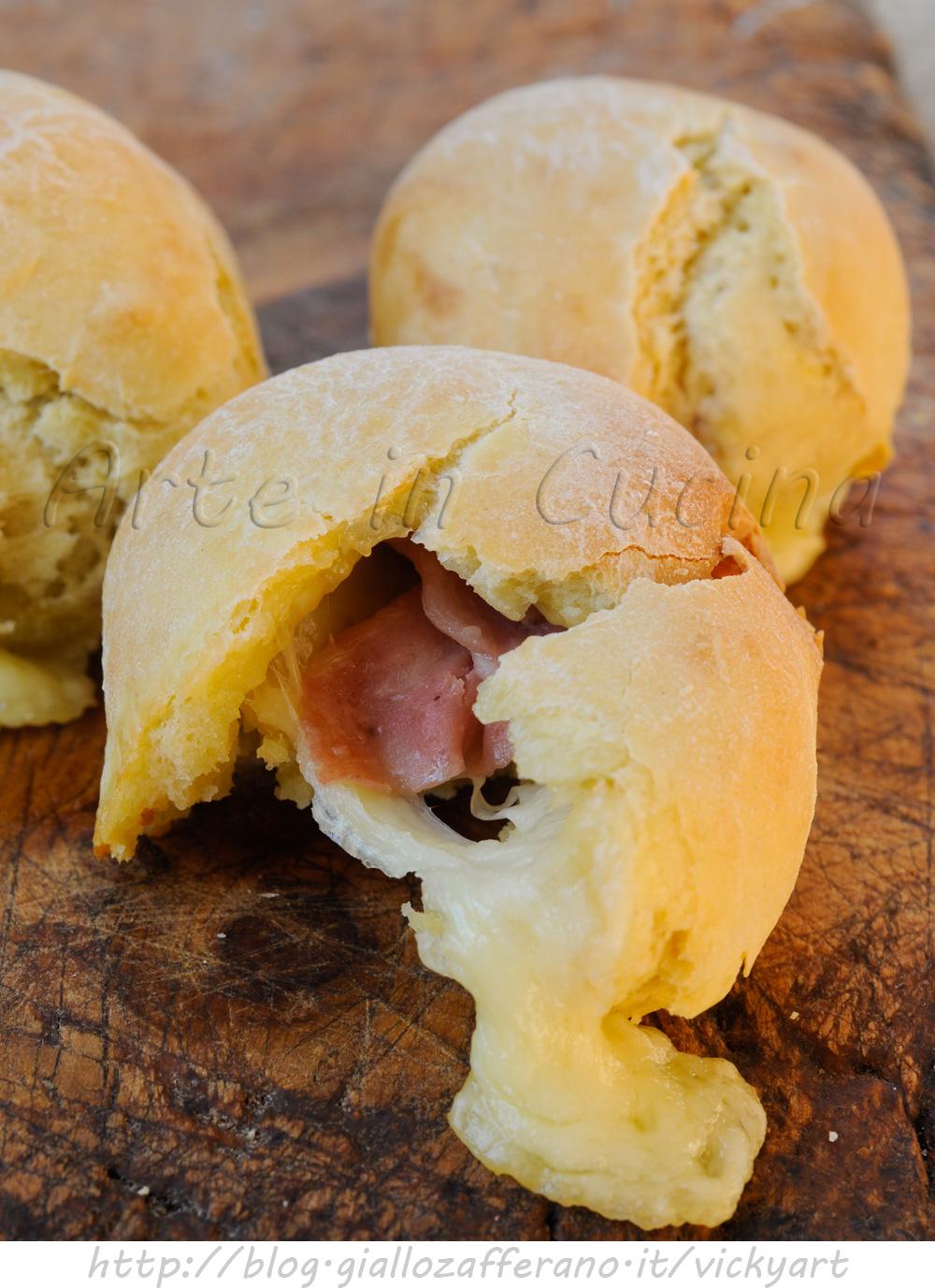 Bomboloni alla mortadella e asiago ricetta sfiziosa vickyart arte in cucina
