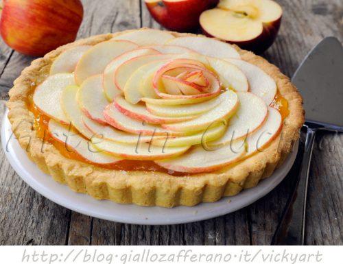 Crostata alle mele e marmellata ricetta dolce