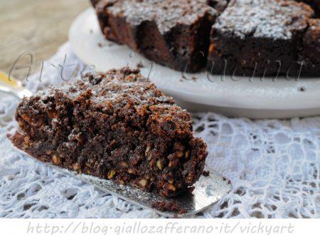 Torta con frutta secca cioccolato veloce