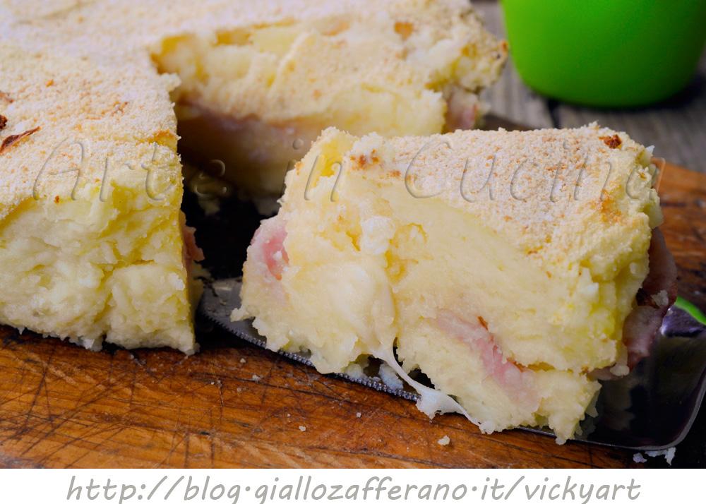 Torta souffle di patate ripiena ricetta piatto unico