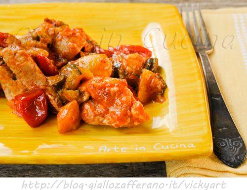 Bocconcini di tacchino con patate e zucchine
