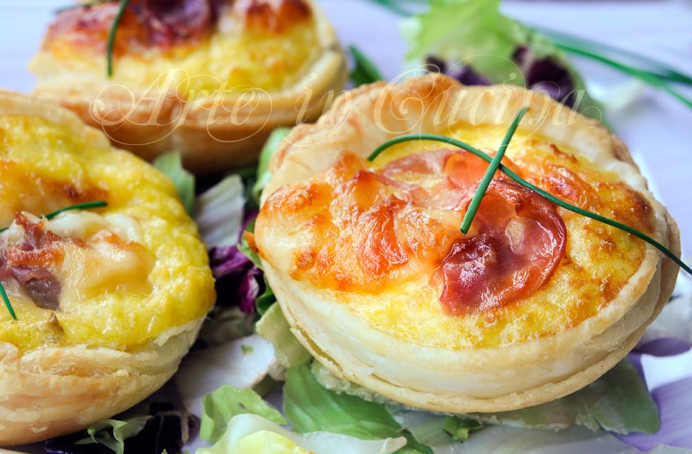 Crostatine di patate ripiene sfogliate antipasto arte in for Cucina antipasti