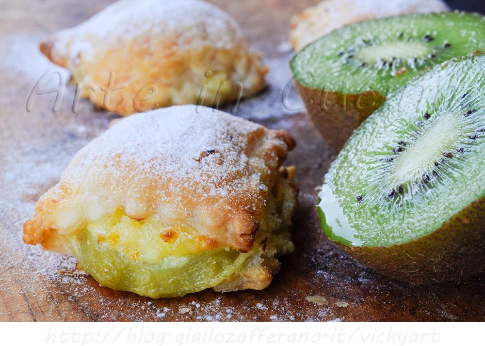 Dolcetti sfogliati con kiwi e crema vickyart erte in cucina