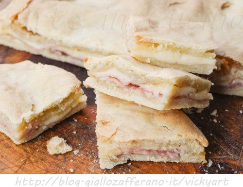 Torta rustica ripiena al prosciutto facile e veloce