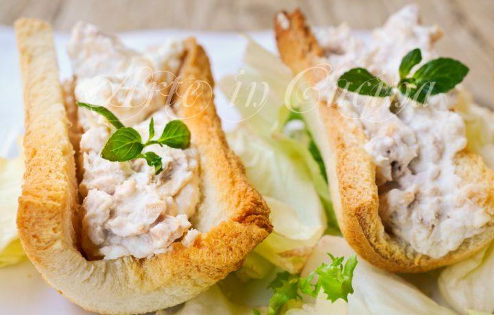 Barchette di pancarrè con tonno e ricotta antipasto