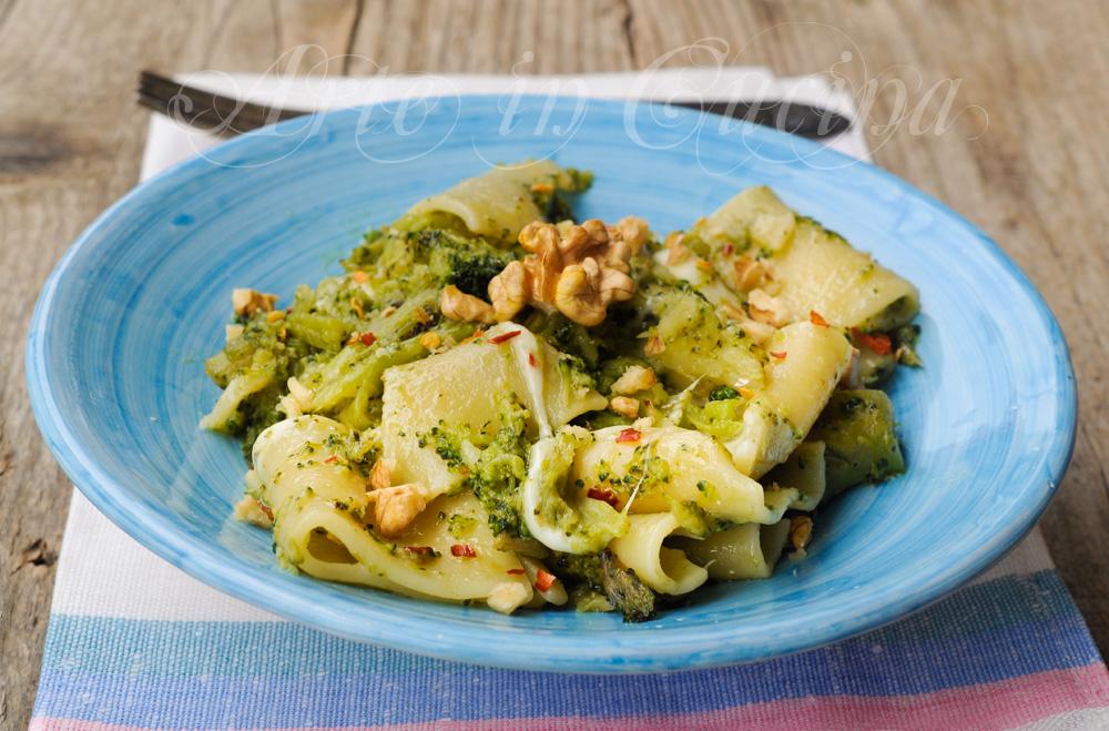 paccheri-broccoli-noci-mozzarella-prmo-pasta-facile-1