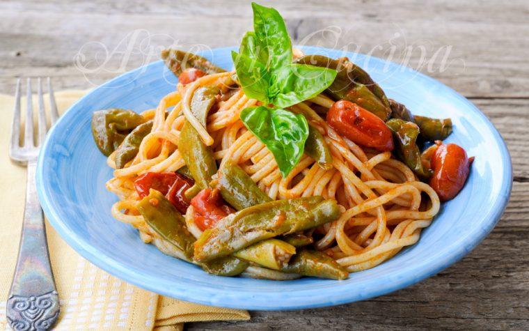 Spaghetti con peperoncini verdi ricetta facile