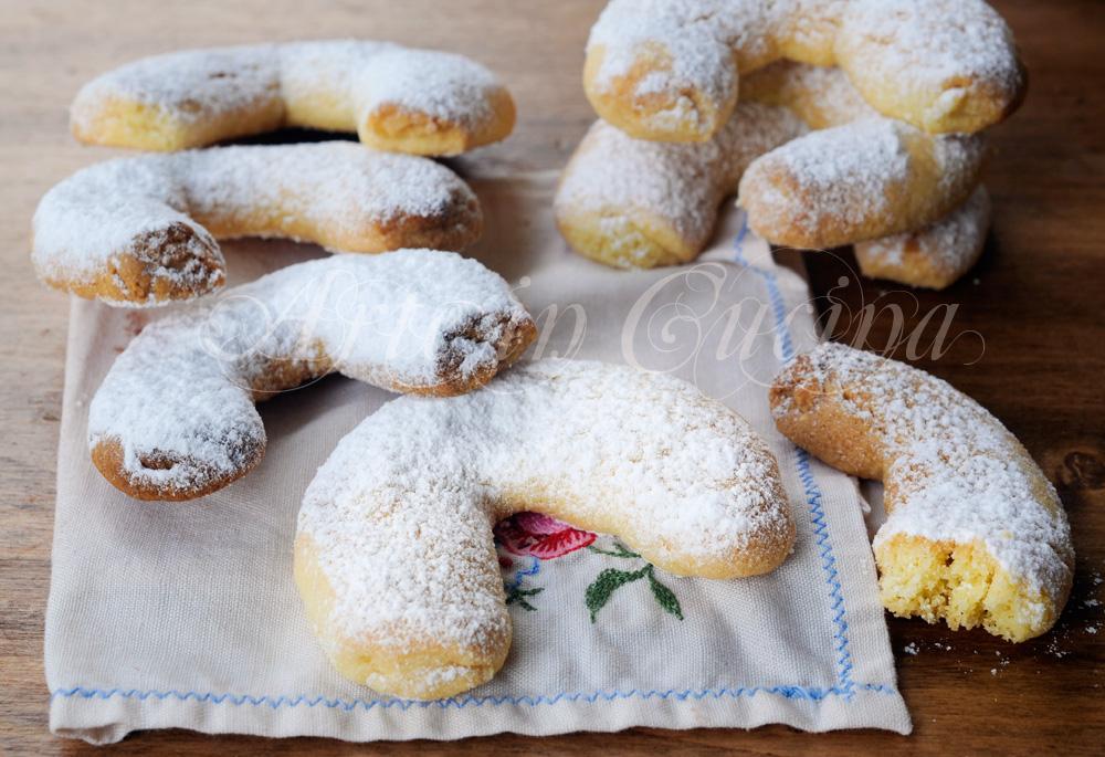Dolci Di Natale Austriaci.Vanillekipferl Biscotti Natalizi Alle Mandorle Austriaci