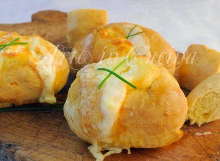 Barchette di panini veloci al formaggio finger food