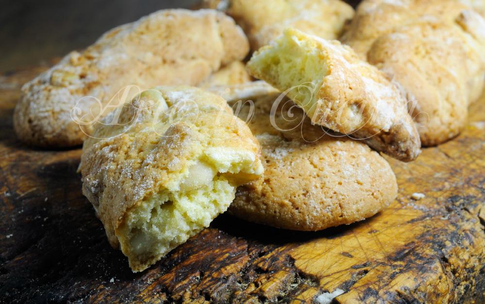 Biscotti del re alle mandorle ricetta veloce | Arte in Cucina