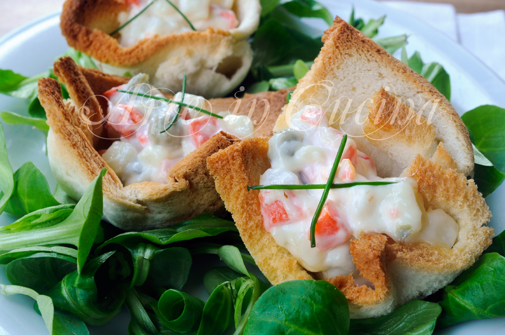 Cestini ripieni di insalata russa con pancarrè vickyart arte in cucina