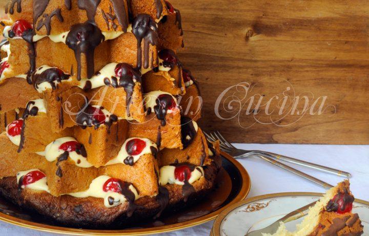Pandoro crema al mascarpone e cioccolato farcito