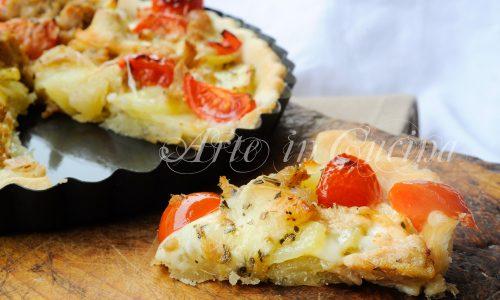 Crostata tonno pomodori e patate in pasta brise