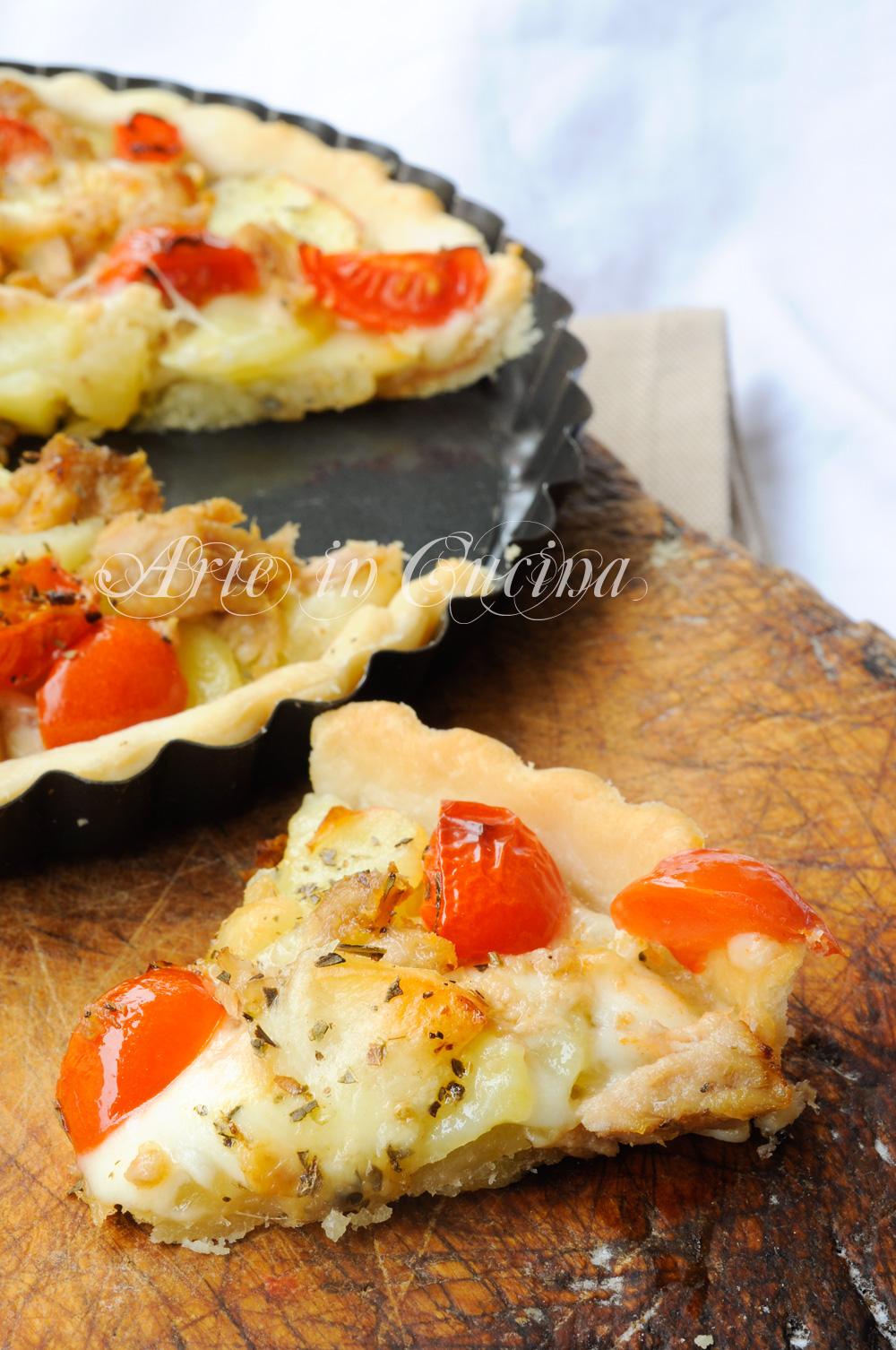 crostata-tonno-pomodori-patate-ricetta-veloce-2
