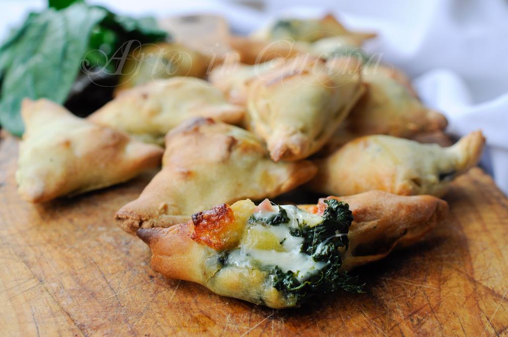 Finger food sfiziosi con spinaci scamorza e salumi vickyart arte in cucina
