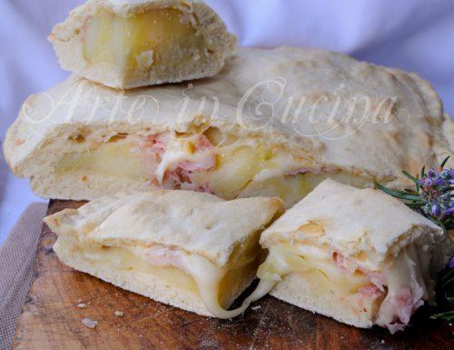 Schiacciata veloce patate e prosciutto ricetta facile