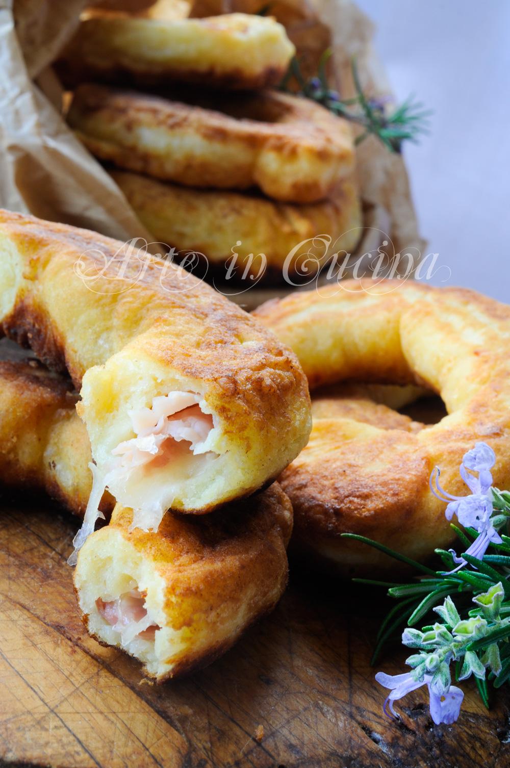 Taralli soffici di patate farciti ricetta facile vickyart arte in cucina
