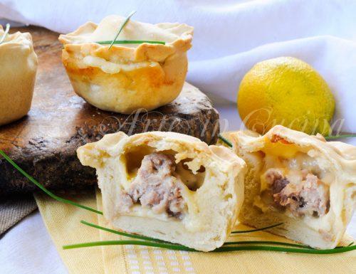 Tortine salsiccia e provola finger food veloci