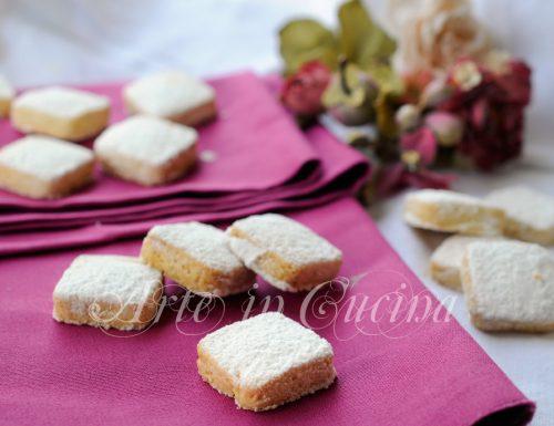 Candide delizie biscotti alle mandorle