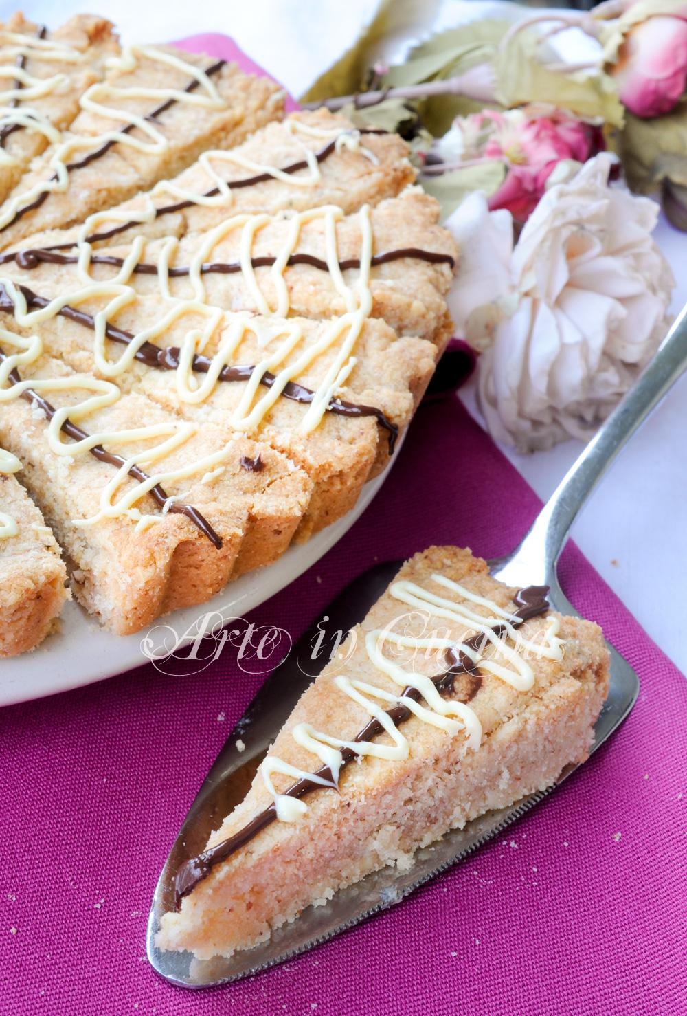 Crostata nocciole e mandorle facile e veloce arte in cucina for Cucina veloce e semplice