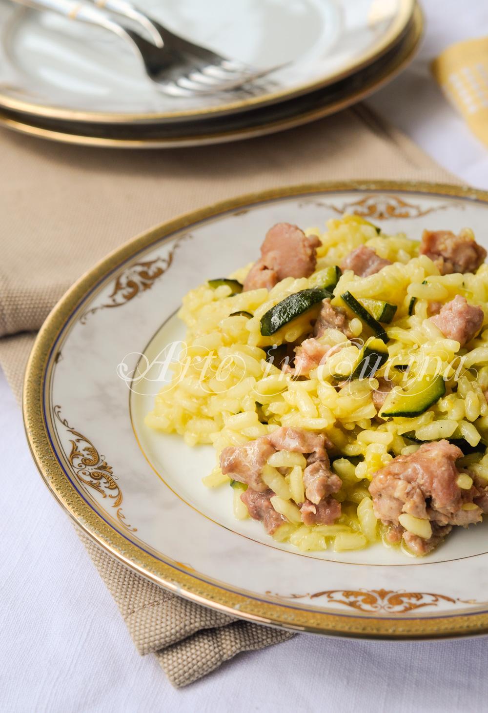 Risotto con zucchine salsiccia e zafferano anche bimby vickyart arte in cucina
