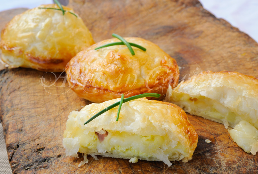 Sfogliette con patate e ricotta ricetta veloce arte in for Ricette con patate