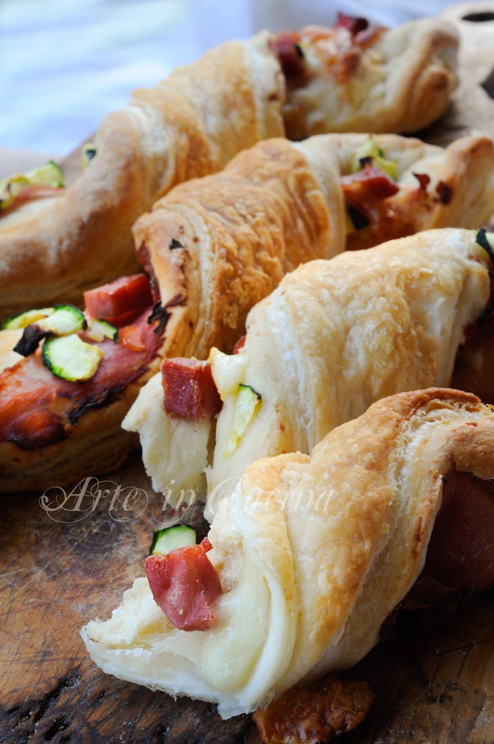 Torciglioni di sfoglia e brioche con zucchine e salumi vickyart arte in cucina