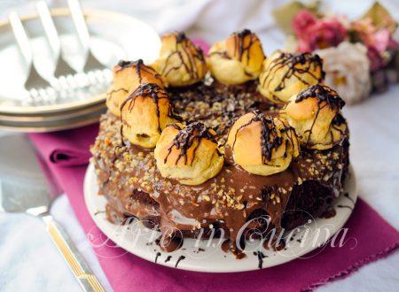 Torta cioccolato e bignè con crema ricetta facile