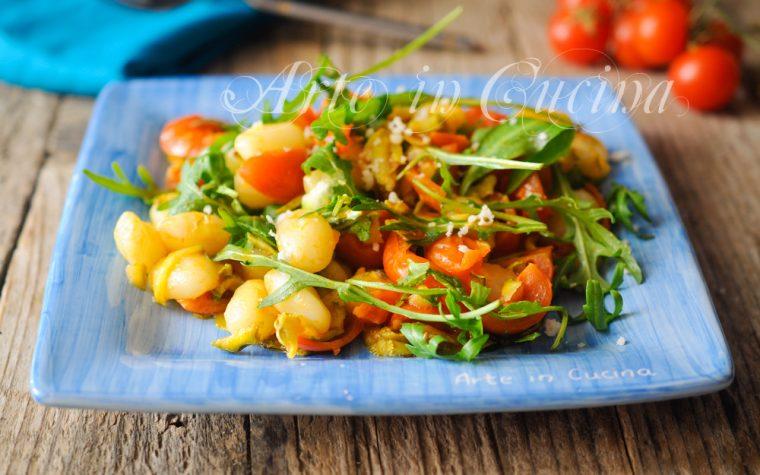 Gnocchi con pomodorini rucola e zucchine veloci