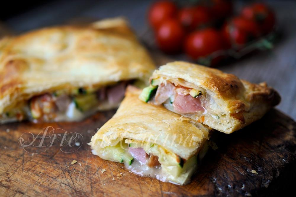 Pizza sfogliata zucchine e salumi ricetta sfiziosa vickyart arte in cucina