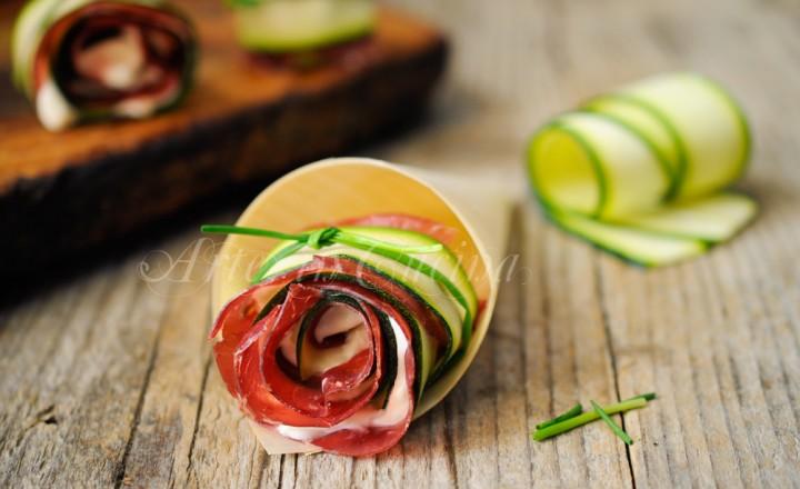 Rose di zucchine e bresaola senza sfoglia veloci light