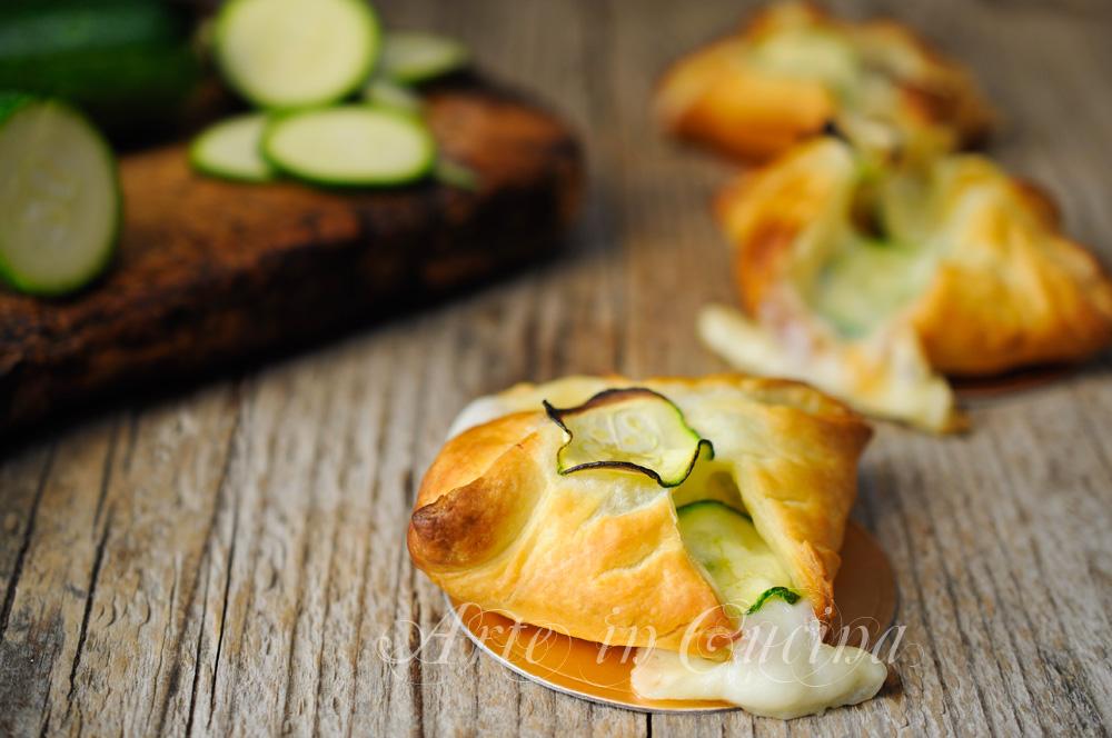 Sfogliatine di zucchine mozzarella e besciamella vickyart arte in cucina