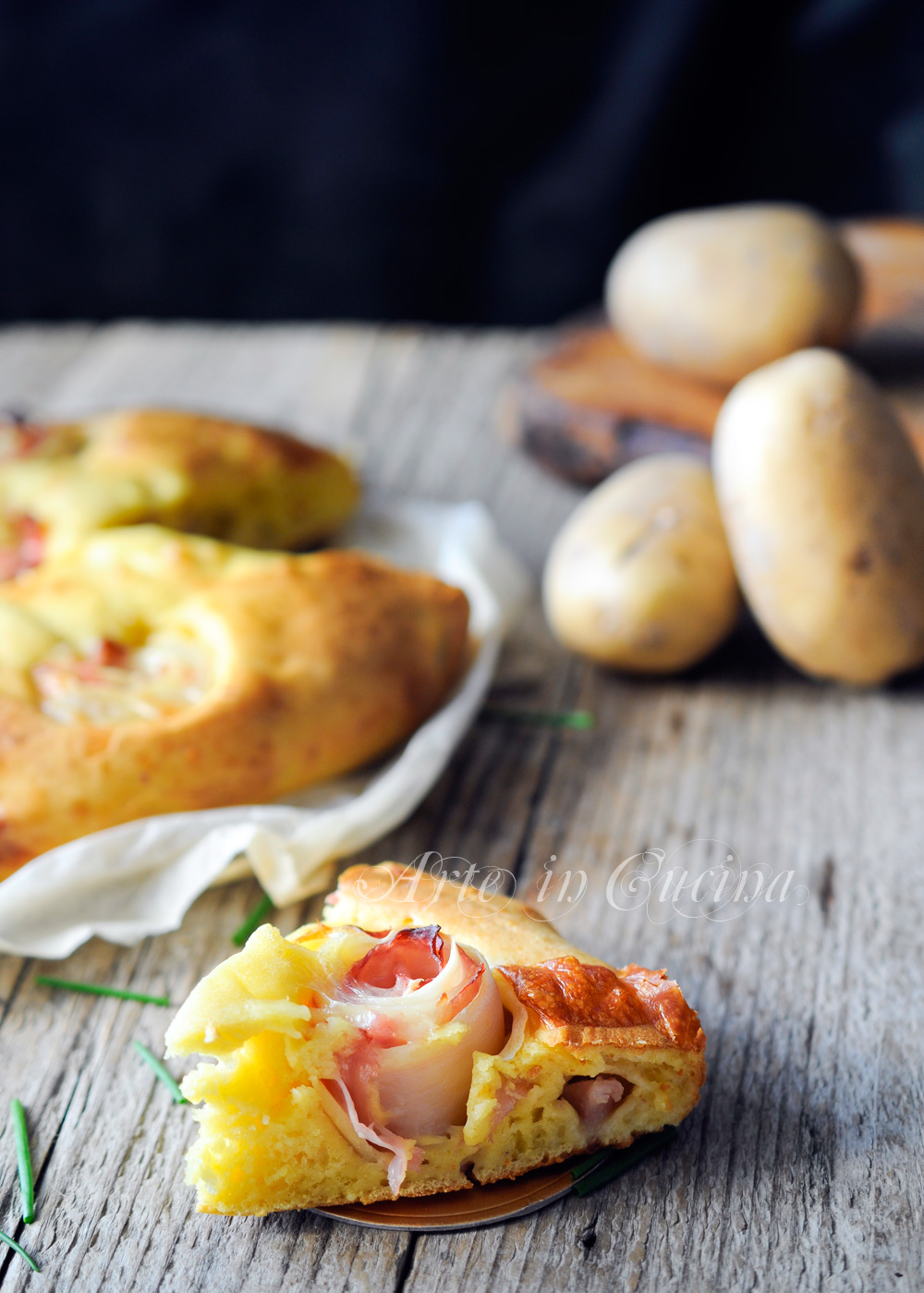 Torta con rose di patate al prosciutto e formaggi vickyart rate in cucina