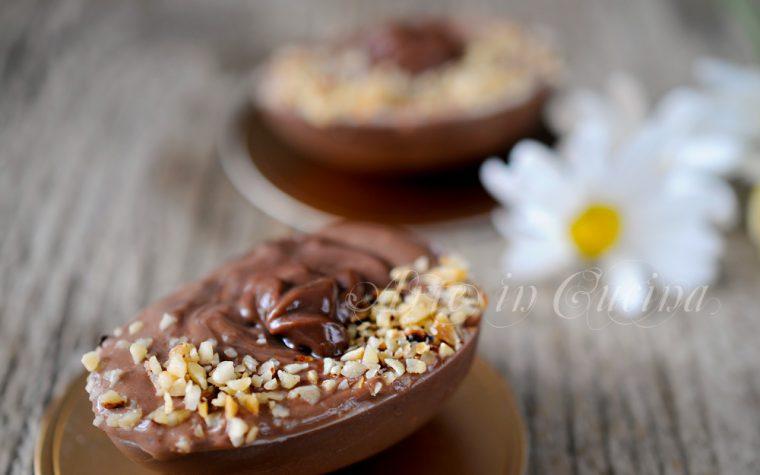 Uova ripiene con crema di cioccolato e mascarpone