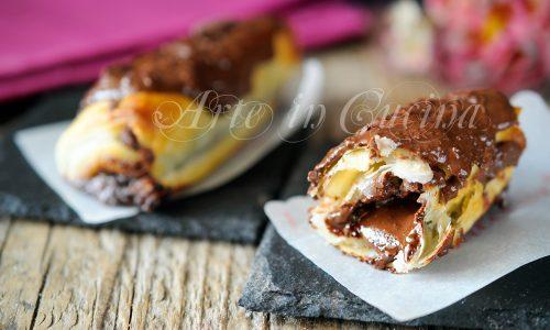 Cannoli di sfoglia nutella mascarpone e cioccolato
