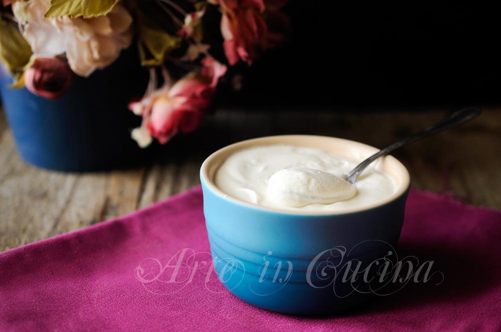 Crema al latte senza uova con ricotta e panna vickyart arte in cucina